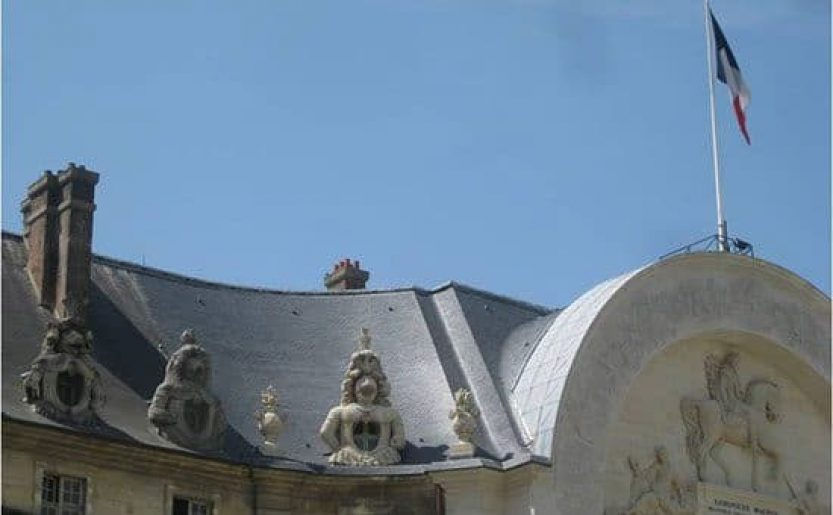 Restauration de charpente et création de chenaux cintrés (Hôtel des invalides Paris)