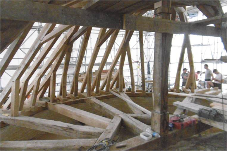 https://art-technique-bois.com/wp-content/uploads/2021/03/Eglise-Saint-Maclou-Bar-sur-Aube-charpente.jpg