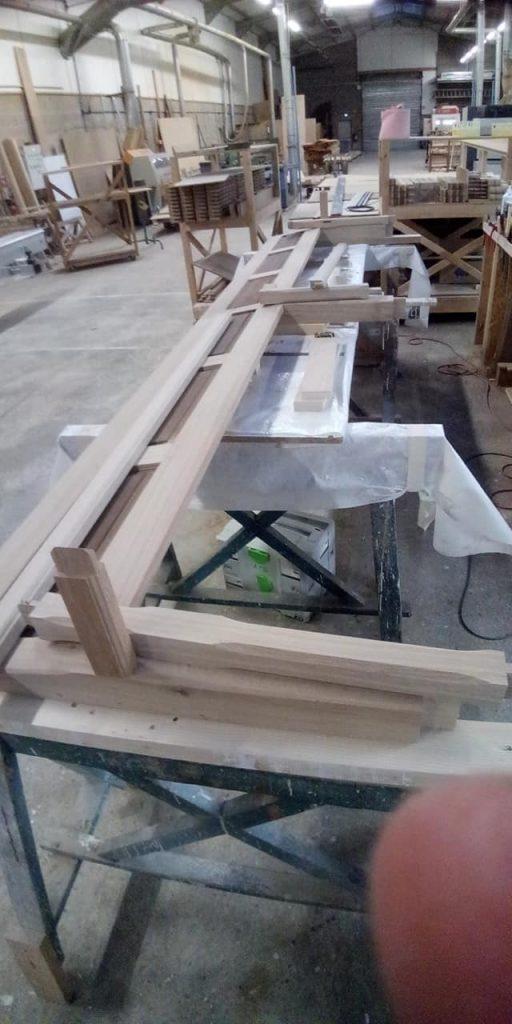 Fabrication Bancs eglise Plomion